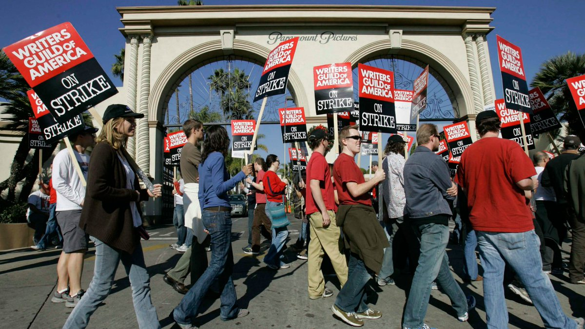 Hollywood writers' guild agrees deal to avert strike
