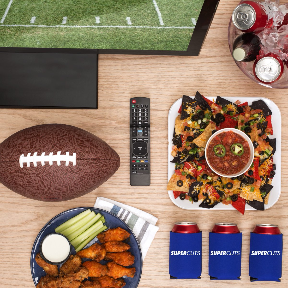 Don't want to decide between bowl games? RT & follow for a chance to #win a new TV and more! #Supercuts https://t.co/VlXXuLD8b4