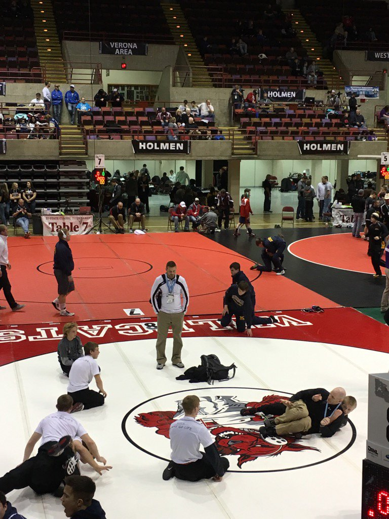 Red Raider Wrestling getting ready for day 2 of Bi-states #RaiderStrong https://t.co/eN7y1PXfXG