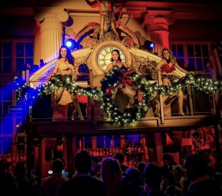 RT @steamandrye: Dancing dolls and more... it must be Christmas time! #OffTheRails https://t.co/X2gZfPMYI0