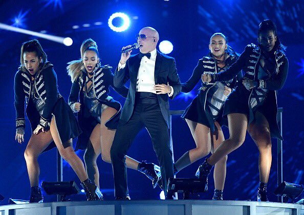 Get the #Greenlight to party @TheMostBadOnes #MondayMotivation #Dale https://t.co/b5plfQVSIB
