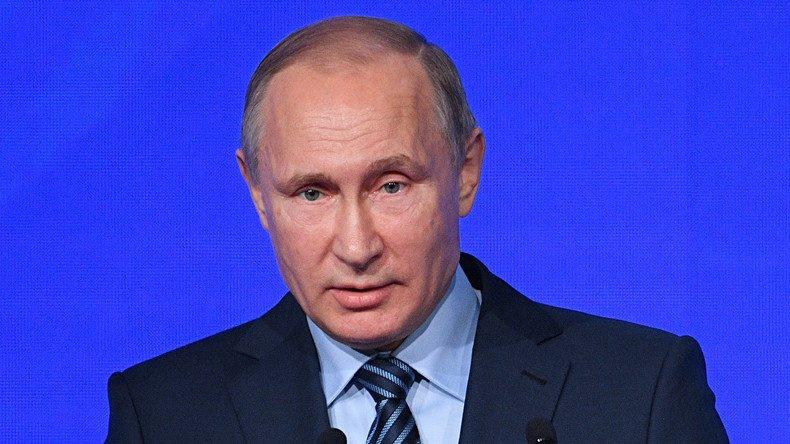 #attentat contre l'ambassadeur russe à #Ankara, #Poutine affirme : 'les criminels vont sentir la pression' https://t.co/yK37KhQSdI