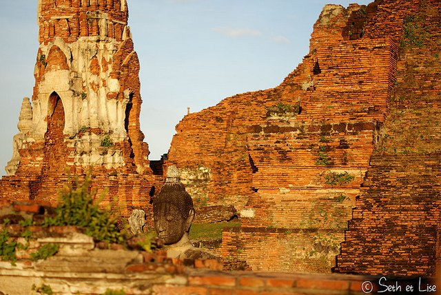 Les ruines grandioses d'Ayutthaya #jeudiarchi https://t.co/pkehVJVny7