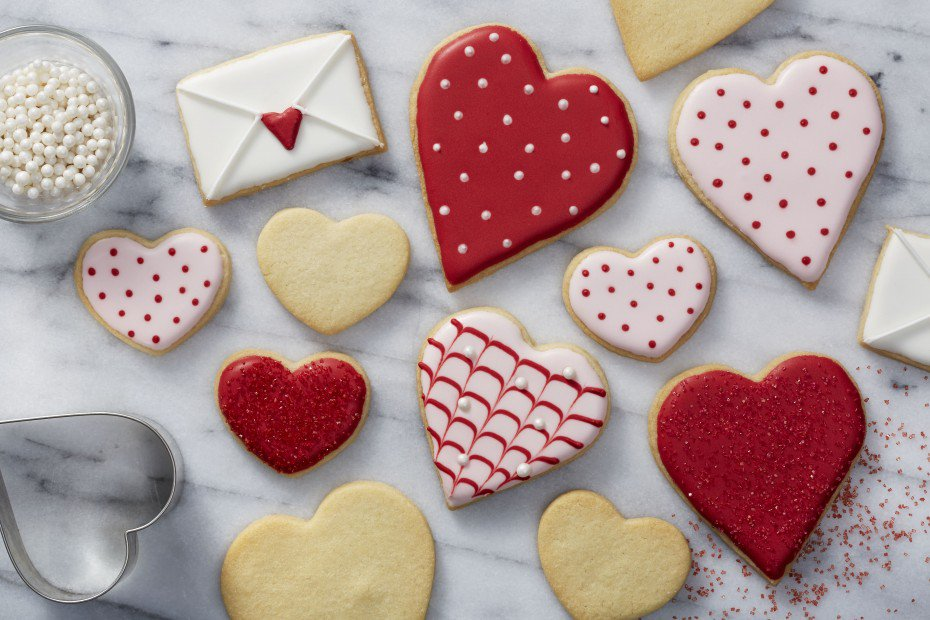 Sugar Cookies are the cookie of the holidays. Bake some today for friends or family: https://t.co/BEC0GbNpug https://t.co/Mmqj5DYJV7