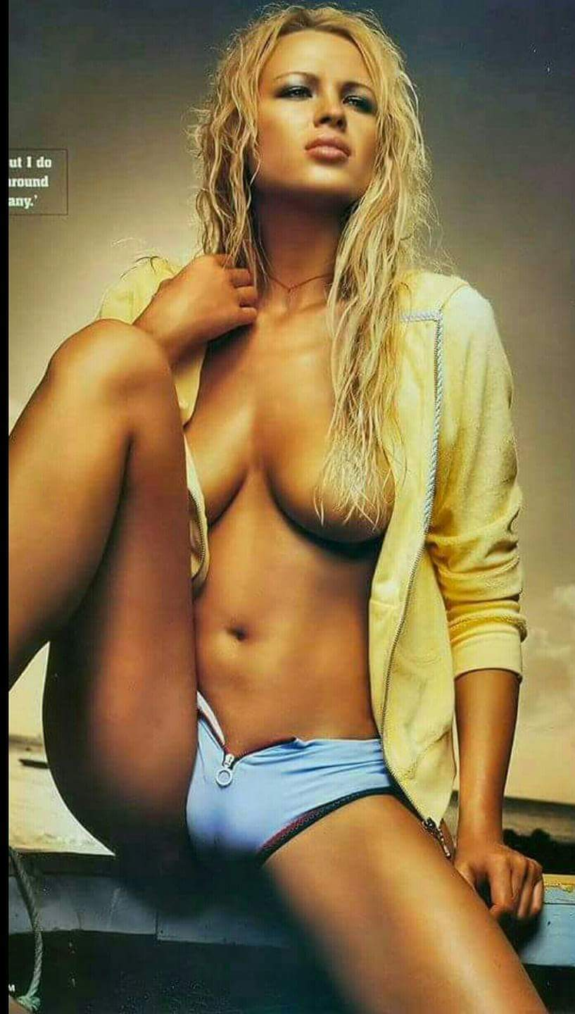 Kristanna loken nud sex photo