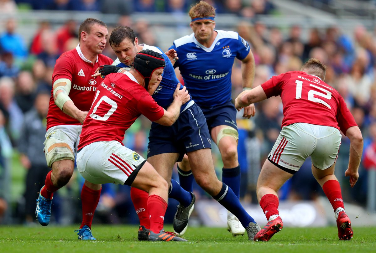 Happy St. Stephen's Day! Turkey leftovers & Interpro Rugby. Does it get any better? Who are you backing? #MUNvLEI https://t.co/AdCL5LSQDZ