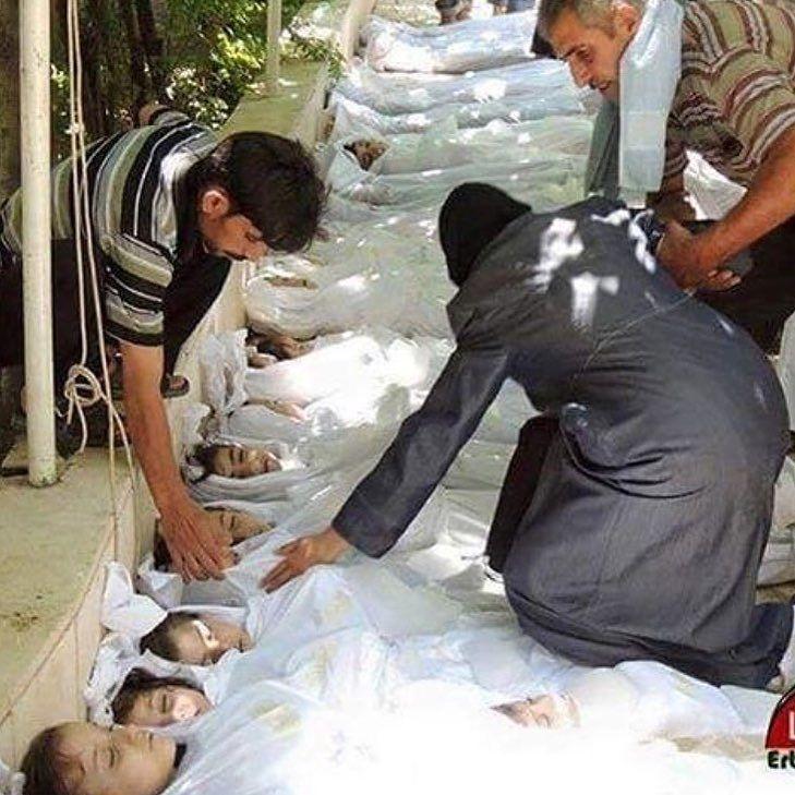 COMPARTILHE !!! Fale sobre Aleppo. Chore por eles como você chorou por Paris. Chore por el… https://t.co/tOsi0DbinC https://t.co/wn1lkWA4yZ