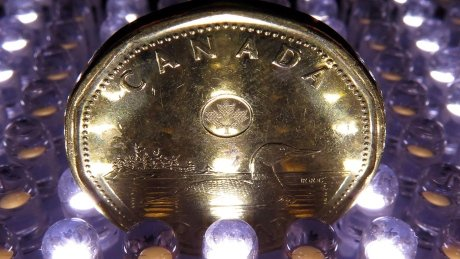 Get ready for a 65-cent loonie next year, investment bank predicts https://t.co/tUakTZ5vpv https://t.co/XByblkCTpG