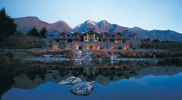 .@Blanket_Bay's Queenstown, New Zealand Q&A: https://t.co/5wMrTBXGkF #travel #luxury @McLaughlinArch https://t.co/yGHrLApbVw