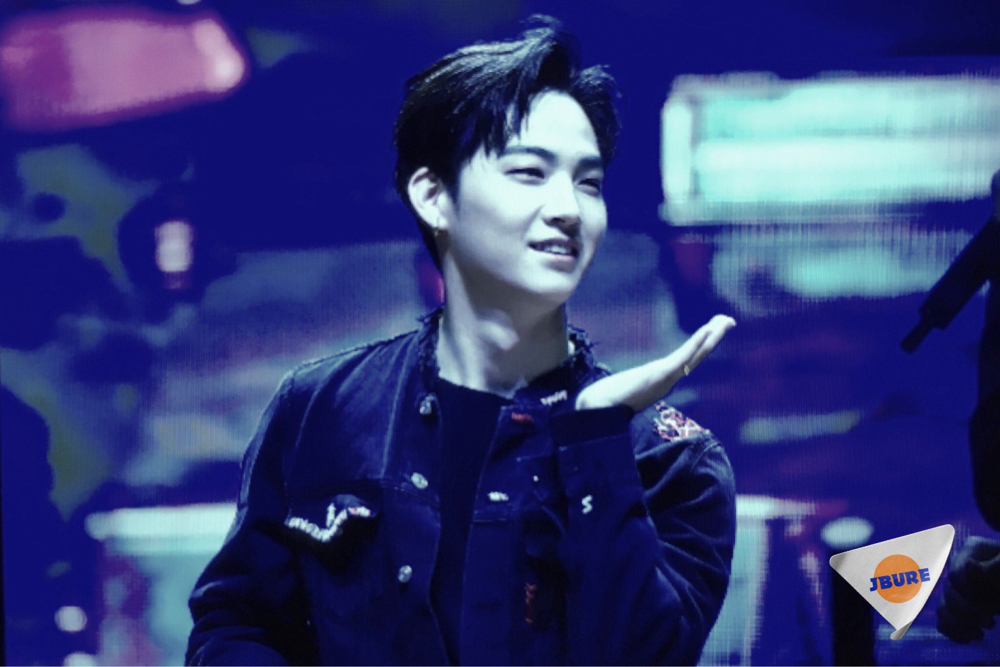 <PREVIEW> 161223 #GOT7inManila  ┊�� #갓세븐 #GOT7  #제이비 #재범 #JB #Jaebeom https://t.co/48VwHdp6gg