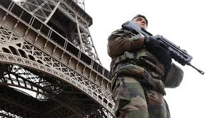 X-mas alert: France to deploy over 91,000 police and soldiers during Christmas weekend