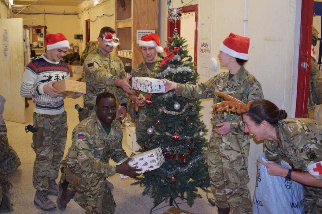 Salute to 4,500 armed forces personnel spending Christmas overseas https://t.co/vv8FwNynbs https://t.co/9M25MqDmws
