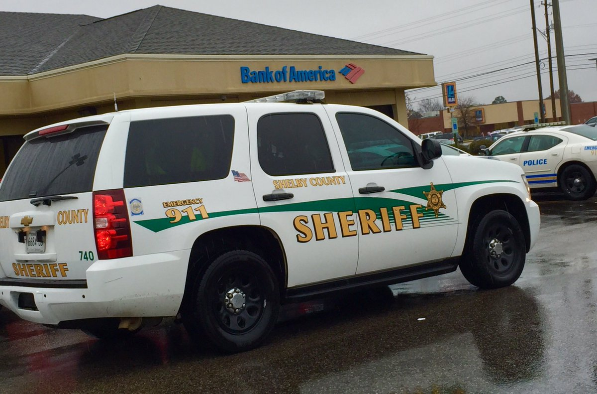 Photo: Shelby County Sheriff Responding To Report Of Robbery At Bank Of  America Location In Memphis, Tenn  @3onyourside