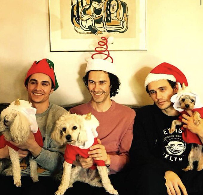 Merry Christmas from my main guy and his main men 🎄❤ https://t.co/zeyXiOD2mb