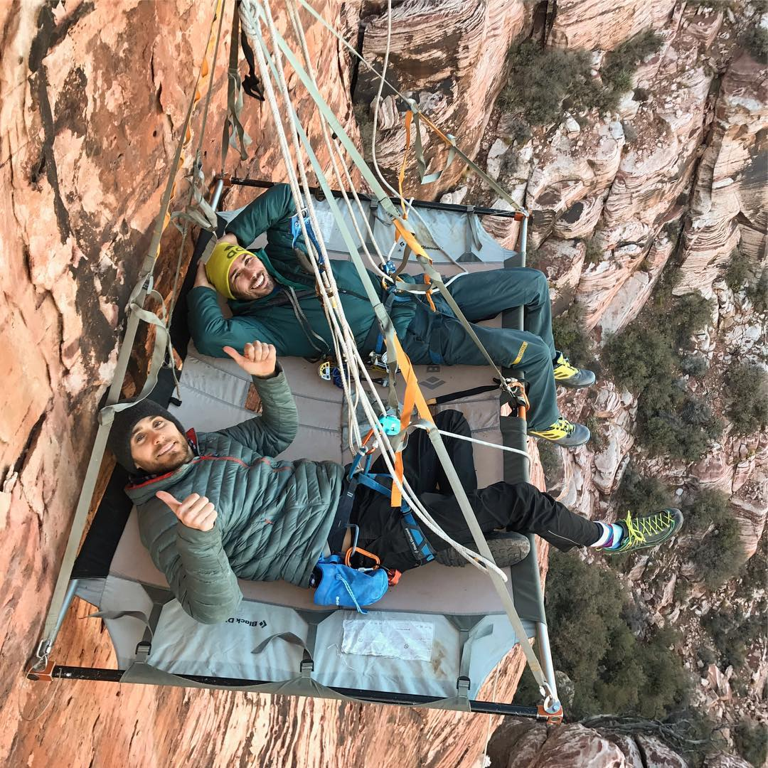 Me and @kjorgeson hanging around #OnTheLedge ???? https://t.co/ZDorg0vFEs