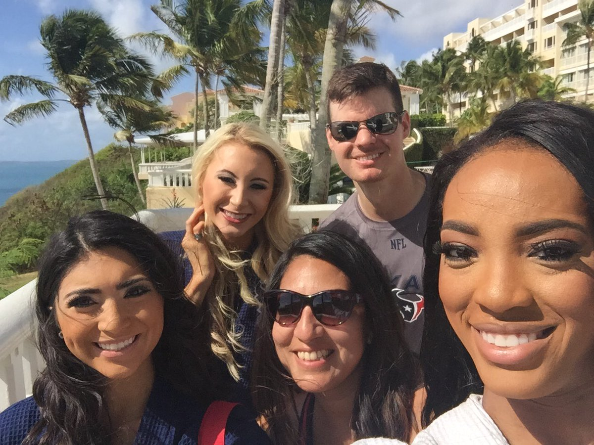 @HTC_Speaker @TexansCheer @HTC_Lesha Congrats, Lesha! Always a pleasure working with you. A beauty inside and out. https://t.co/rhvQlbmEgZ