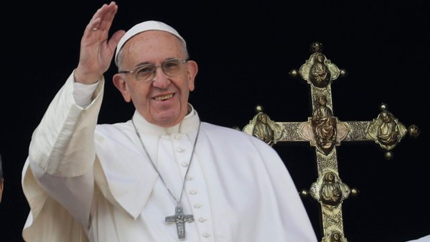 Pope delivers Christmas Day message, wishes peace for those scarred by war