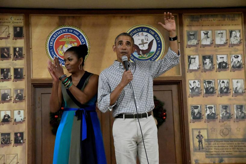 Obama says serving as commander in chief a privilege in Christmas Hawaii base visit