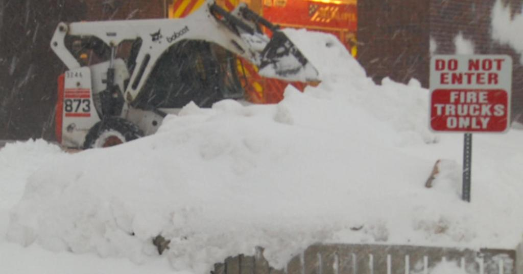Winter storm lashing several Northern, Western states