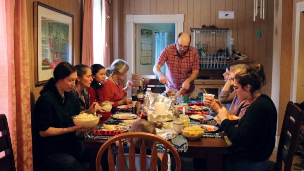From 'floaters' to family: Strangers bond at N.S. Christmas gathering