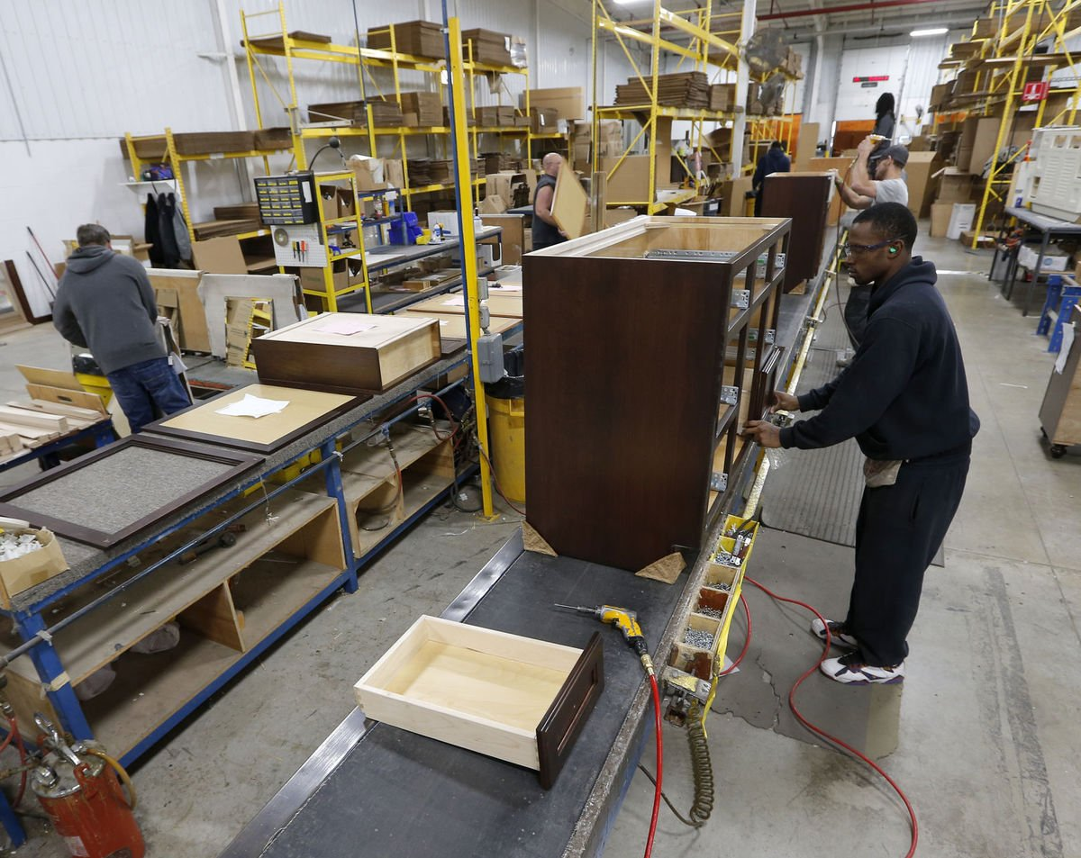 Iowa cabinet maker to take 800 employees on week-long Caribbean cruise