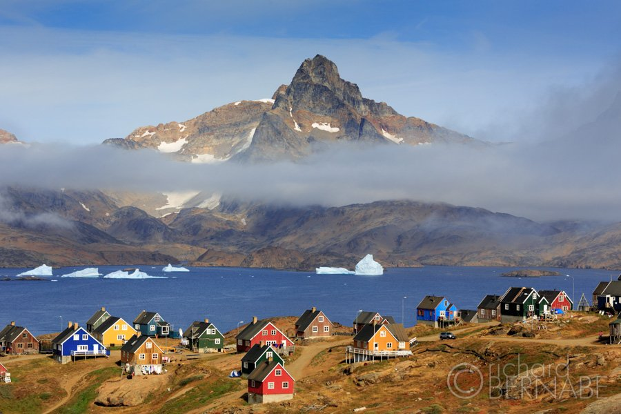 The colorful houses of Tasiilac, Eastern Greenland #travel #photography #Greenland https://t.co/ROE9TELubH