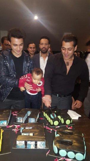 "Happy birthday the Bollywood brat who turned \""human\"""