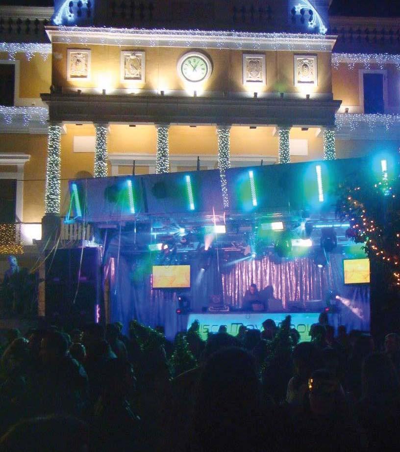 El 31 de Diciembre a partir de las 23 h. vive la Nochevieja en San Juan https://t.co/lIrU5d7ur8 https://t.co/2tlE7Qpb4K