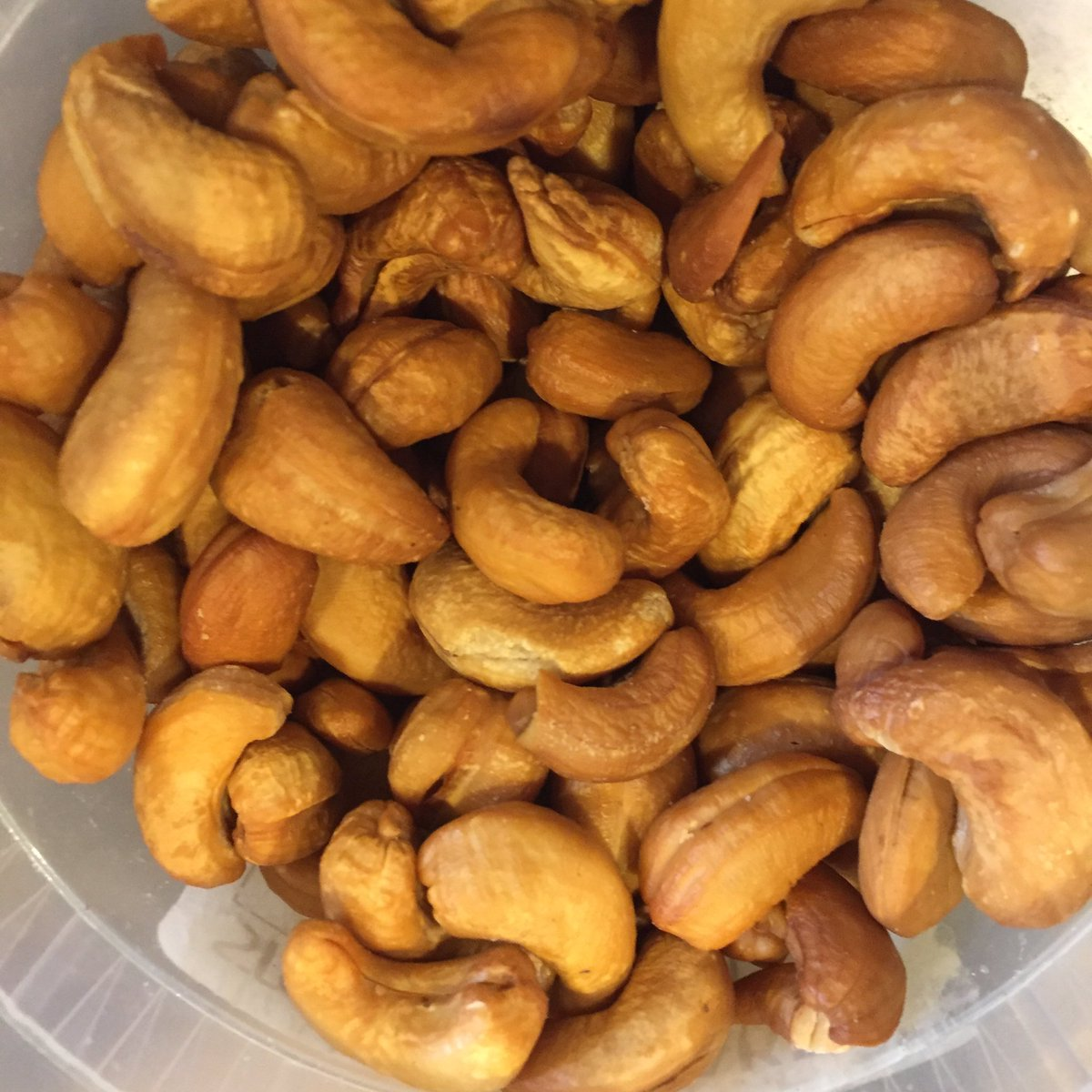 @sunshinenutco your cashews are spectacular and so is your mission #givingback #philanthropy #nuts #sunshinenutco https://t.co/tJi8mdbWmO