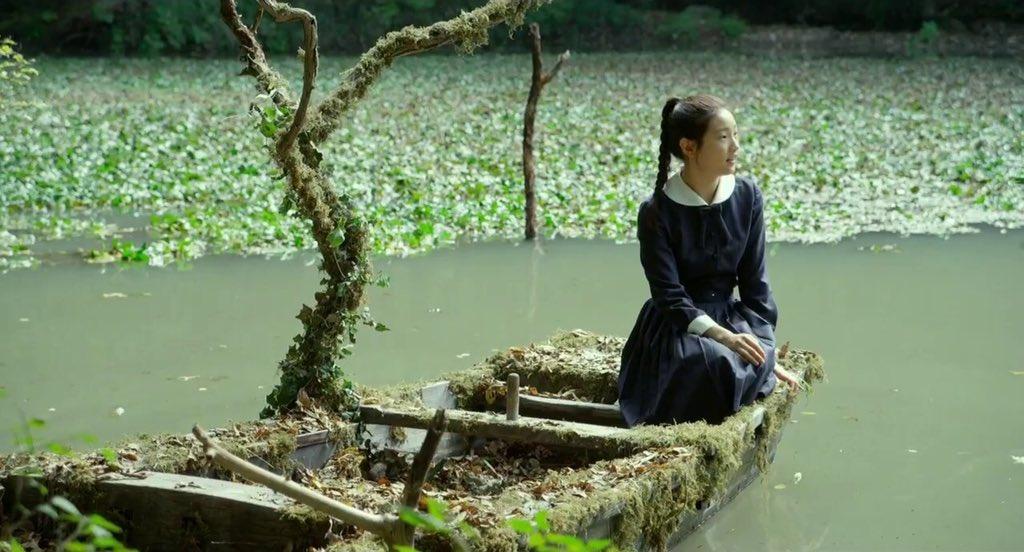 『京城学校/消えた少女たち』のこのシーン観た時、ペドロリ監督によるペドロリ映画『小さな悪の華』を思い出して心配になったけ