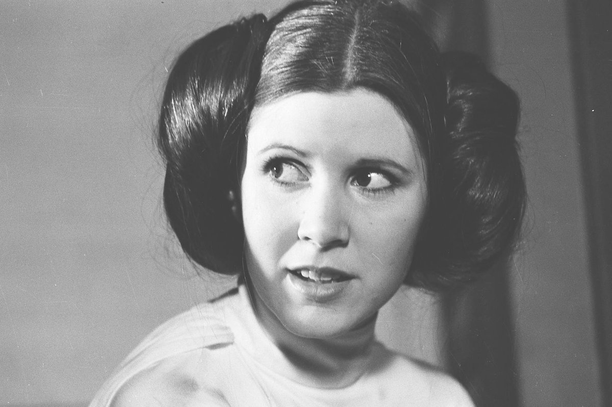 """""""I don't want my life to imitate art, I want my life to be art.""""  - Carrie Fisher https://t.co/7k50Q9SMAU"""