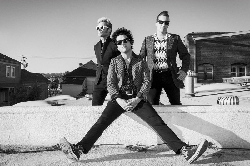 Don't miss the debut of the new @GreenDay Viva Vision light show on New Year's Eve. More: https://t.co/2RPxqarRB9 https://t.co/Lv17QU5TC5