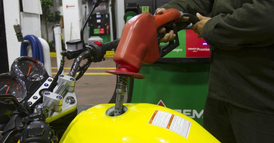 La motocultivadora el topo que aceite en la gasolina