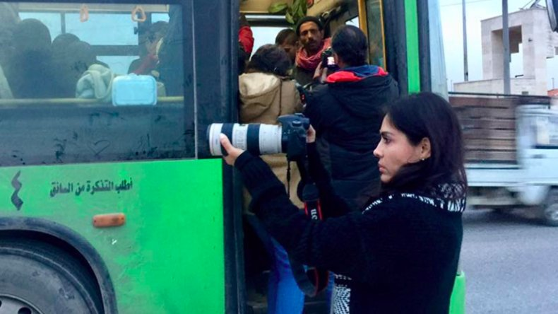 #Bolivie : une actrice de retour de #Syrie met à mal la version des médias occidentaux sur #Alep https://t.co/ymeimWVjtQ