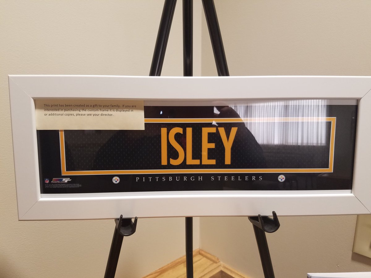 Dad was a @steelers fan. The funeral home made this personalized jersey name plate for me as a gift. Unbelievable. https://t.co/SUFf3llgYX