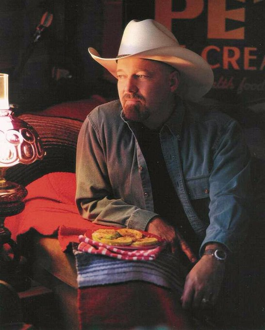Happy birthday to our country music icon Ricky Van Shelton