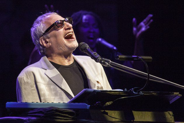 FELIZ CUMPLEAÑOS, DONALD FAGEN! / HAPPY BIRTHDAY, DONALD FAGEN! (69)