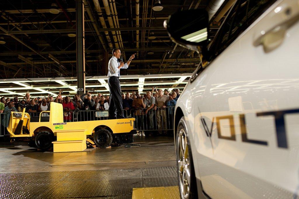 """Our democracy won't work without a sense that everyone has economic opportunity."" #ObamaFarewell https://t.co/zlYgjxsXaV"
