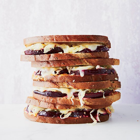 22 delicious vegetarian sandwich recipes: https://t.co/YUfTGp3tUO https://t.co/jJkzXPf2NW