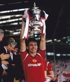 Happy birthday Bryan Robson . Manchester United hero 60th