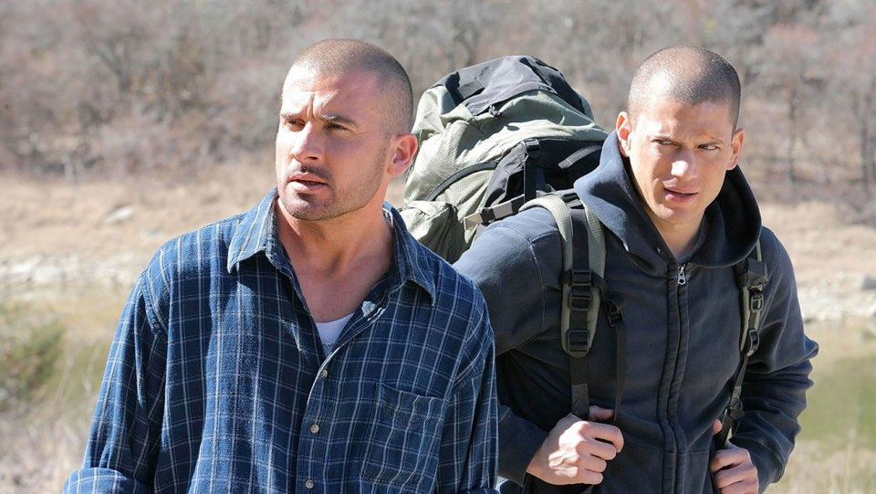 Fox unveils spring premiere dates for #PrisonBreak revival, #ShotsFired https://t.co/KYtn5I9ei2 #TCA17 https://t.co/ixRBjFAGc7