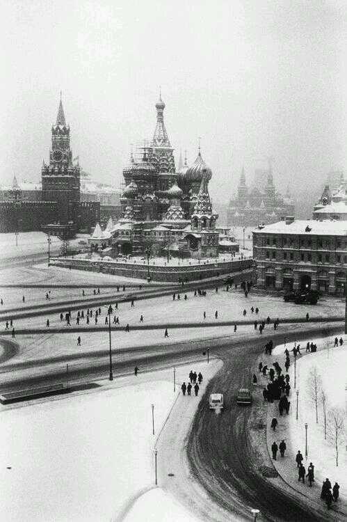 Moskova, 1968 https://t.co/kx1bLkfKif