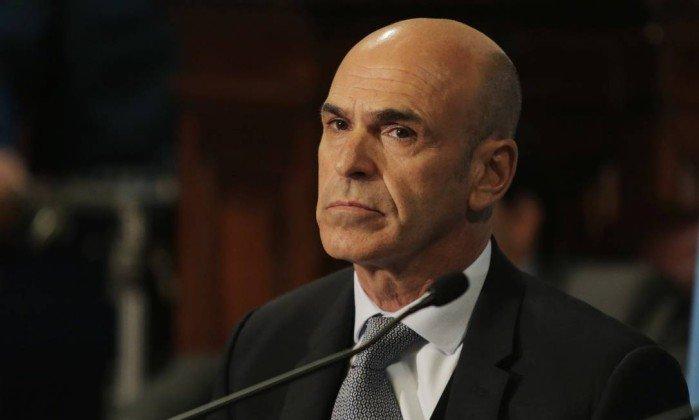 Doleiro brasileiro depositou cerca de US$ 600 mil para chefe da inteligência argentina.