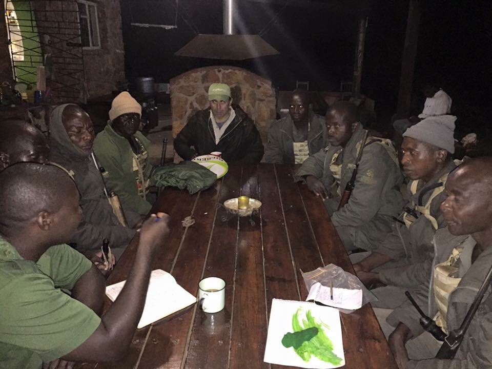 RT @IAPF: Rangers are briefed, locked, loaded & ready for patrol with the full moon. #antipoaching #rhino #elephant https://t.co/p9rfhUnYN0