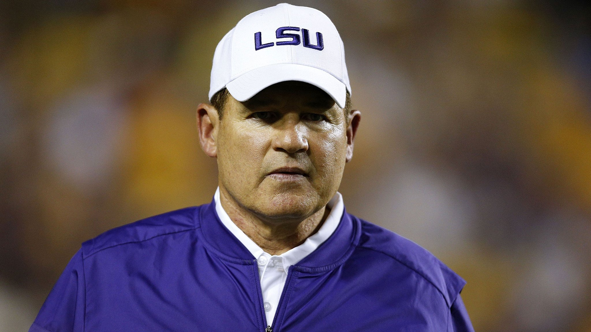 Is Les Miles open to considering Western Michigan job? https://t.co/RsY8uZPx7R https://t.co/m7WA7gnLhZ