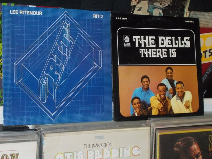 Happy Birthday to Lee Ritenour & Chuck Barksdale of The Dells
