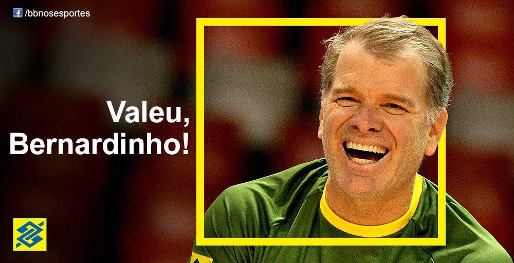 Hoje, o técnico Bernardinho, sinônimo de vitórias, anunciou sua aposentadoria da seleção. Foram 32 títulos pelo Brasil. 🏆 #ValeuBernardinho