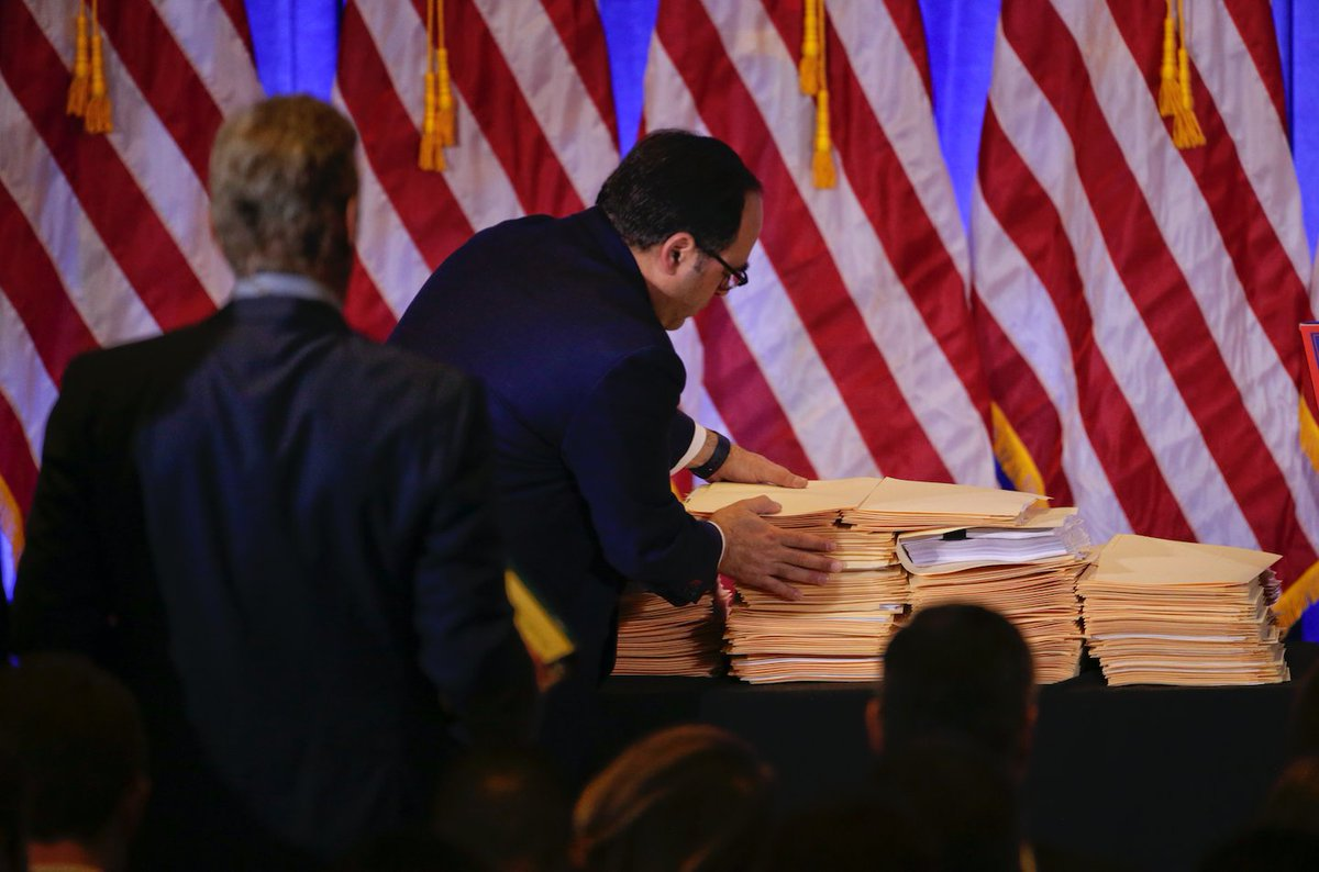 Trump's proof that he's ethical is this stack of folders that he's not letting anyone look at