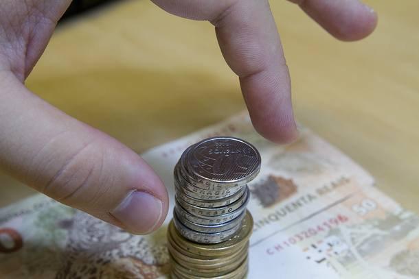 Mesmo com corte nos juros, fundos e Tesouro continuam com taxas atraentes