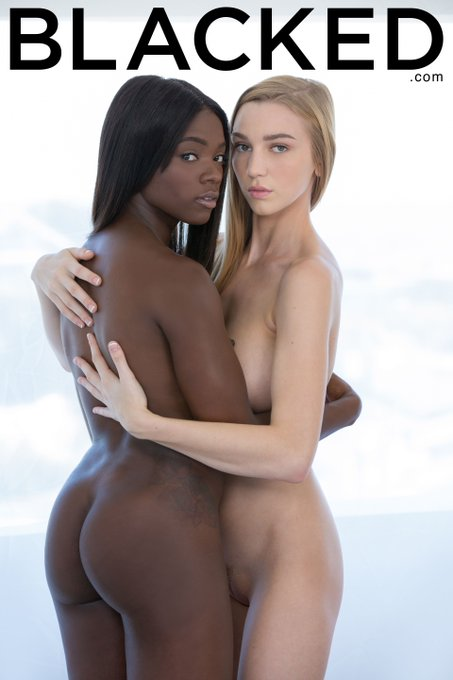 .@AnaFoxxx & @KSLibraryGirl make for one unbelievably sexy pairing!! RT to agree » https://t.co/QMarLYoVPT